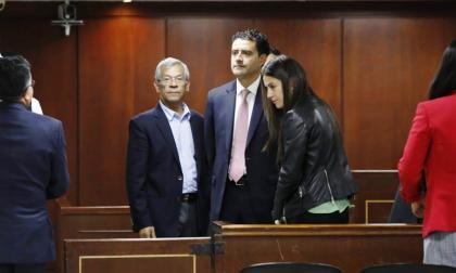 Los hermanos Francisco y Catalina Uribe Noguera durante la audiencia.