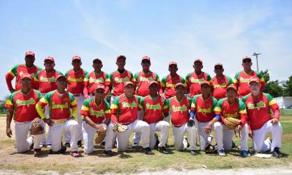 Nómina completa del equipo de softbol Barranquilla que conquistó el título.