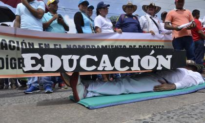 Maestros en Barranquilla se suman a un paro de 48 horas