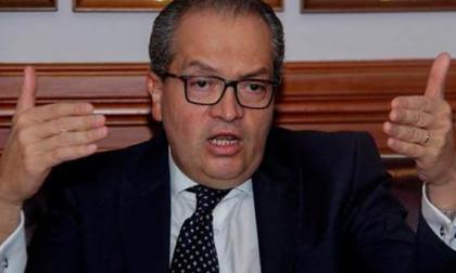 Evalúan acción judicial para regreso de Ricaurte a la cárcel