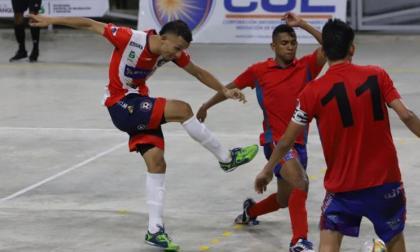 Brayan Güette (izq.) uno de los referentes del Independiente Barranquilla.