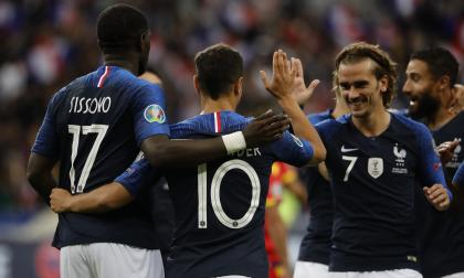 Los jugadores de Francia celebrando el triunfo.