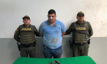 En video | Tenía domiciliaria y lo capturan luego de fletear un millón de pesos y un celular