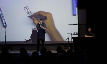 En video | Liniers & Montt, un 'stand up comedy' ilustrado en Libraq