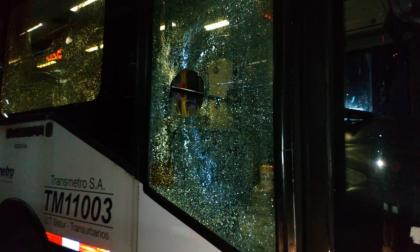 Agresiones a bus de Transmetro dejan dos personas heridas en Soledad