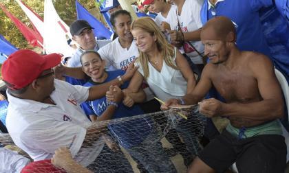 Elsa Noguera, candidata a la Gobernación del Atlántico, visitó Puerto Colombia.