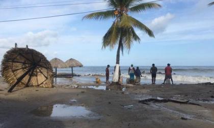 Persiste alerta naranja en playas de Córdoba por tormentas eléctricas