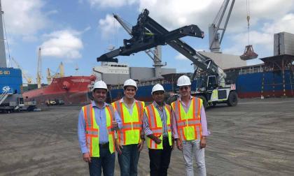 Pedro P. Jurado, Lucas Ariza, José F. Curvelo y René Puche en el Puerto.