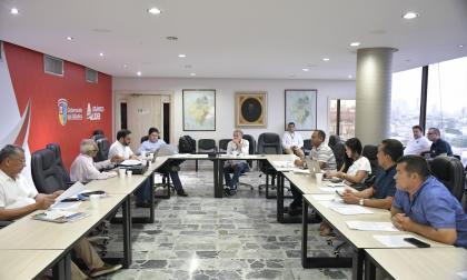 Miembros del Consejo Superior durante la reunión en la Gobernación del Atlántico.