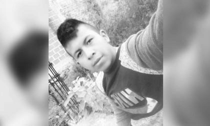 Alexander Vitonas Casamachin, joven indígena asesinado en Toribío (Cauca).