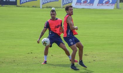 Marlon Piedrahíta junto a Sebastián Hernández.