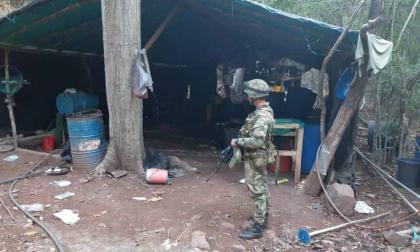 En video | Ejército destruye cristalizadero usado para procesar base de coca