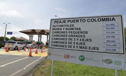 En la valla ubicada en el peaje de Puerto Colombia están publicados las tarifas con el alza.