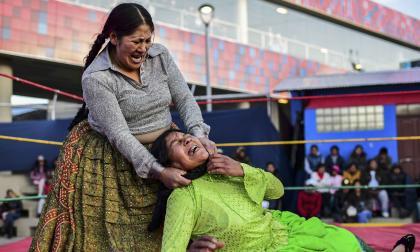 En video | Las luchadoras bolivianas vuelven al cuadrilátero tras las protestas