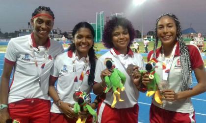 Equipo femenino de relevo  4x100 del Atlántico