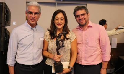 Ramón Pereira, Consuelo Acevedo y Alcides Morales.