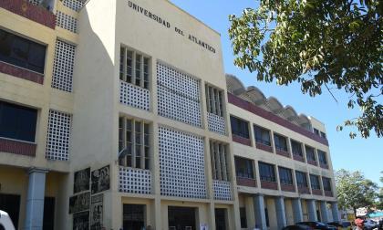 Fachada de la Universidad del Atlántico, sede centro, en cuyo interior fue hallado el cuerpo de Madelayne.