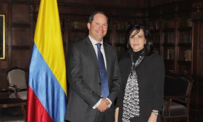 Se posesionó Juan Francisco Espinosa como nuevo director de Migración Colombia