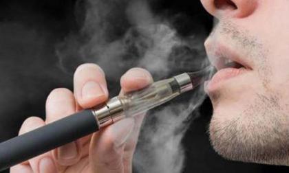 Autoridades de EEUU se rehúsan a recomendar los cigarrillos electrónicos para dejar de fumar