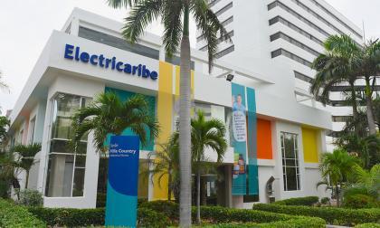 Fachada de las oficinas de Electricaribe en el sector Country en Barranquilla.