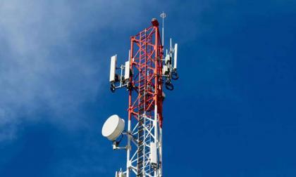 Vista de una antena de telecomunicaciones.