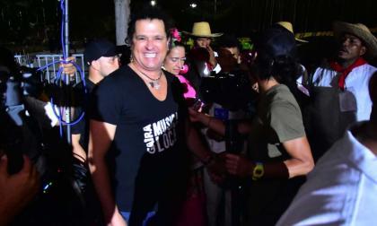 En video   Carlos Vives sorprende a los asistentes en La Noche del Río