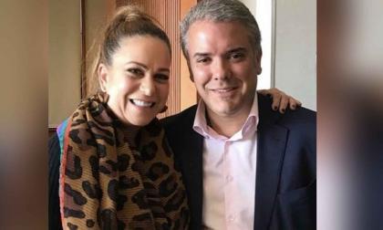 Iván Cepeda denuncia a exasesora de Uribe ante la Fiscalía