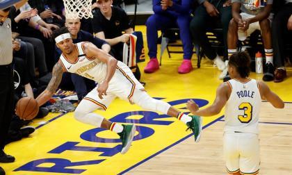 Los Warriors, primer equipo de la NBA que cierra cancha a aficionados por coronavirus