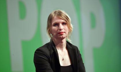 Juez de EEUU ordena libertad de la exanalista de inteligencia Chelsea Manning