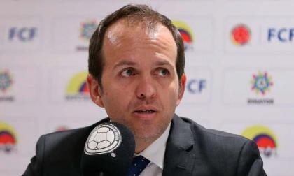 Ernesto Lucena.