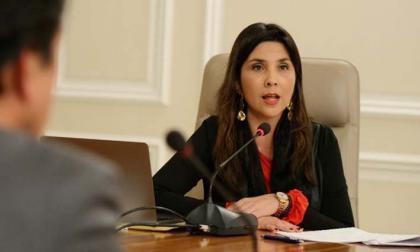 María Victoria Angulo.