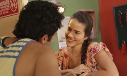 Laura De León interpreta a Alicia, hija del dueño del motel, en la producción grabada en Puerto Colombia.
