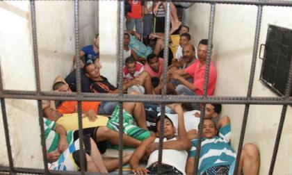 La población carcelaria del país supera los 120 mil reclusos, de los cuales saldrían unos 4 mil con el decreto.