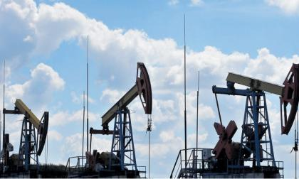 Tres machines ubicados en uno de los campos petroleros que operan en Colombia.