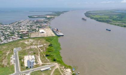 Con 28 meses de retraso entregan estudio del canal de acceso al Puerto