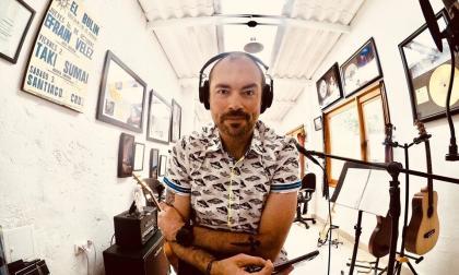 Santiago Cruz presenta 'Hay días', un reflejo de la cotidianidad en cuarentena