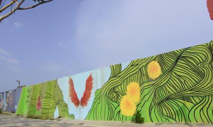 El mural 'Pon tus sueños a volar' en el Gran Malecón.