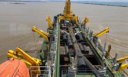 Aprobado plan de dragado para garantizar navegabilidad en el canal de acceso
