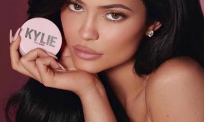 La menor de las Kardashian vendió el 51% de su compañía por 600 millones de dólares.