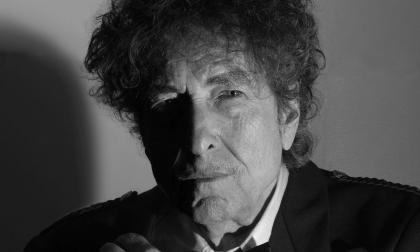 """""""Me produce náuseas ver a George Floyd torturado hasta la muerte"""": Bob Dylan"""