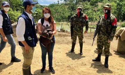 ELN deja en libertad a 4 civiles y 2 policías en el Catatumbo