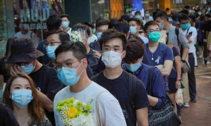 OMS afirma que hay más de cien casos en rebrote de coronavirus en Pekín