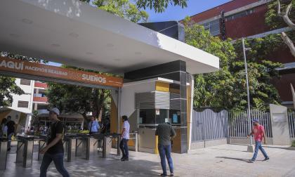 Fachada de la Universidad Autónoma del Caribe.