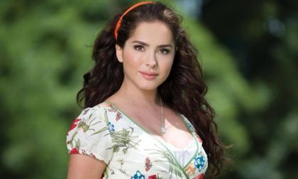 La actriz colombiana Danna García en su papel de Lola Carrero en la telenovela Bella Calamidades.