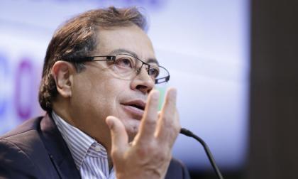 CNE abre investigación a Gustavo Petro por irregularidades en campaña
