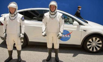 En video   Space X aterrizó al completar con éxito histórica misión espacial