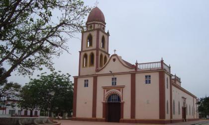 Alcalde de Sabanagrande se reúne con iglesias