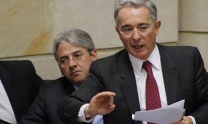 Corte notificó a Senado la medida de aseguramiento contra Uribe