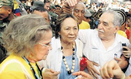 Mercedes Barcha junto a Gabriel García Márquez.