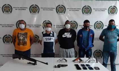 Miembros de la banda 'Los Costeños'.